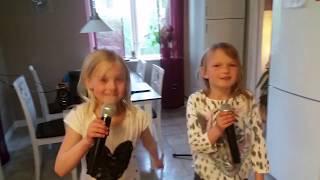Wendy & Heidi - Engler i Sne (eMMa singalong)
