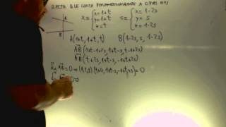Recta que corta perpendicularmente a otras dos Matematicas II 2014 Reserva 4 Ejercicio 4 Opcion A
