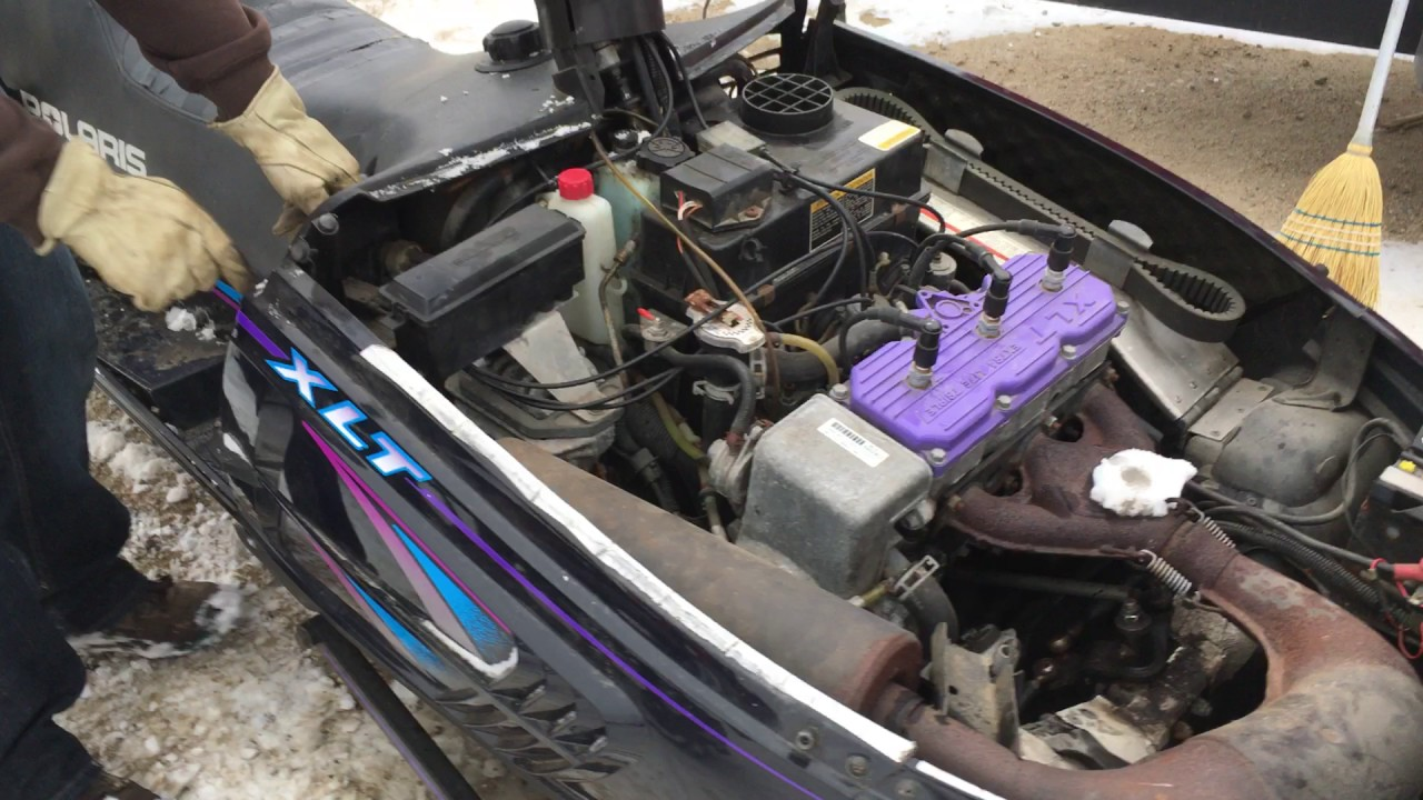 small resolution of lot 60 1996 polaris indy xlt snowmobile part one