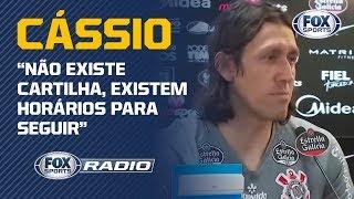 """PEGOU MAL? Cássio 'explica' cartilha de Tiago Nunes, e gera debate no """"FOX Sports Rádio"""""""