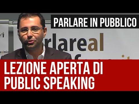 Come Parlare in Pubblico: lezione di Public Speaking con Patrick Facciolo