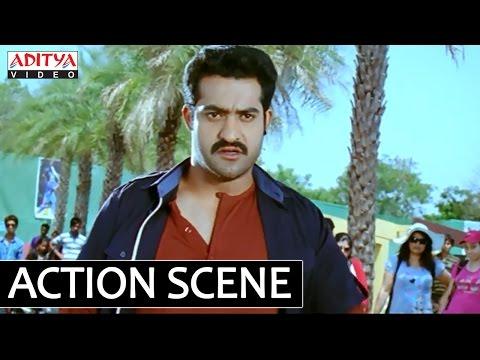 Ramayya Vasthavayya Movie - NTR Fight with Samantha Gang In College - NTR, Samantha