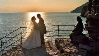 Oğuz Yılmaz Düğününde Ağladım Kalbimyetimdir68@hotmail.com