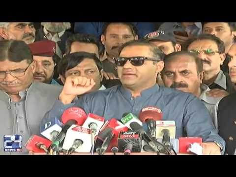 Abid Sher Ali badly bashed Imran Khan