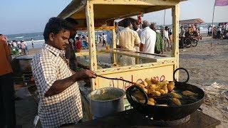 #2018 Beach Street Foods | Banana Fritters | Banana Bajji | Indian Street foods