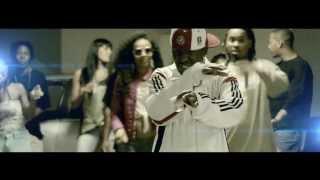 Don-G ft Vânia - Gangsta (Realização: Wilsoldiers) thumbnail