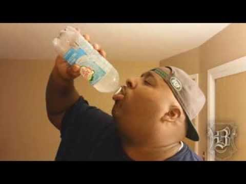 11 Second 1 Liter Ice Cold Seltzer Water Chug