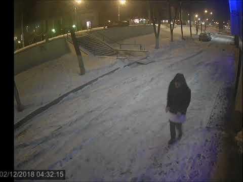 Отрыв табличек в Липецке на Гагарина, ночью 12 февраля 2018 года