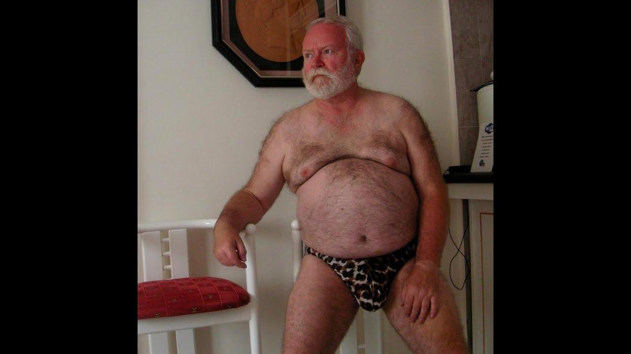 Голые и старые мужики, эротическое видео домохозяйки