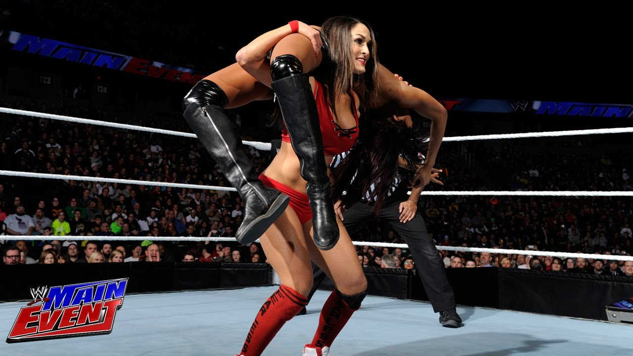 The Bella Twins vs Aksana Alicia Fox Wwe Main Event-4977