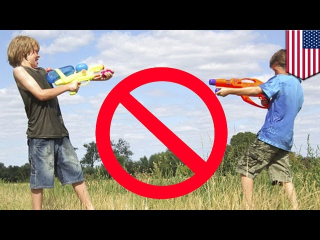 Water gun fight: Boy Scout leaders ban water guns and balloons - TomoNews