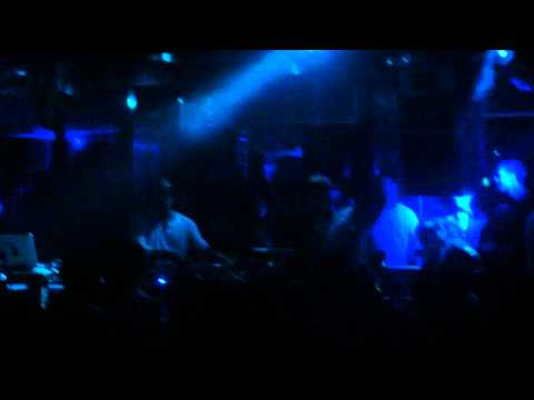 Lee Curtis @ Queen playn Catz 'n Dogz I'm Free Ft. Paul Randolph (Carl Craig Remix)