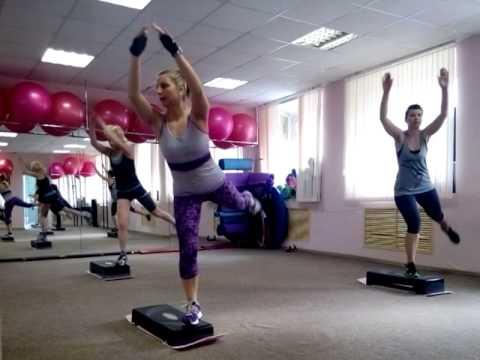 Упражнения на степ платформе - основы тренировки