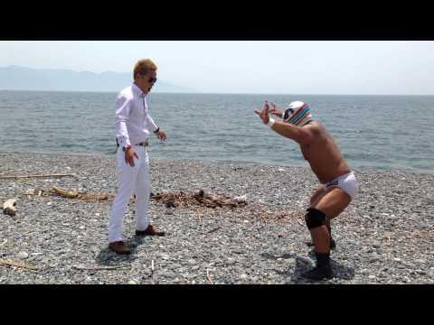 サッカー日本代表本田選手の物まね芸人 じゅんいちダビッドソン 対 沼津プロレス