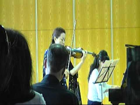 劉薇 山歌 ヴァイオリンの響きにのせて 20110716-055104.
