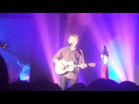 Ed Sheeran - Everything You Are/Kiss Me (@Lyon)