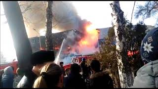 В Талдыкоргане сгорел торговый дом «Новый Карагаш»