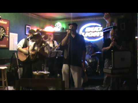 Irish Blind Ireland Plaza Pub.mpg