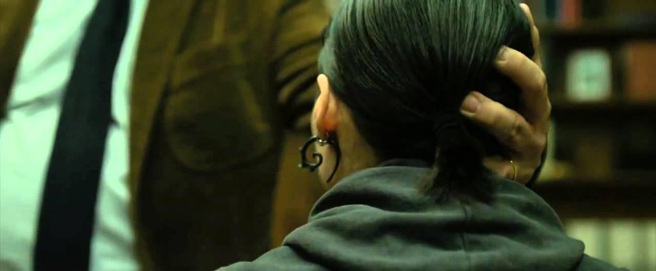 девушка татуировкой дракона 2009 hd