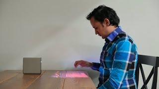 El Sony Xperia Touch crea una pantalla táctil en tu pared o mesa