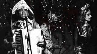 Luiz Gonzaga canta