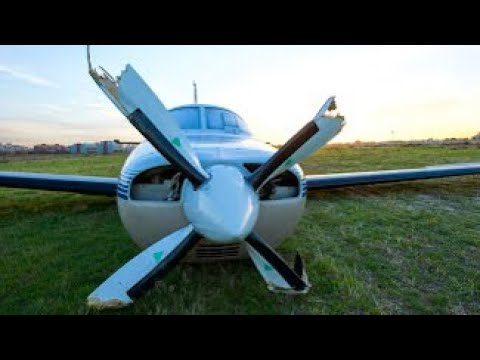 [EMERGENCY LANDING] - My dad and myself landed without landing gear