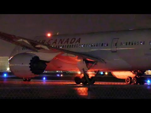 Montreal to Vancouver Flight! Night Departure of Air Canada Boeing 787 Dreamliner AC311