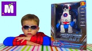 Робот Бот распаковка играем даем команды игрушке Robot Bot unboxing toy and play