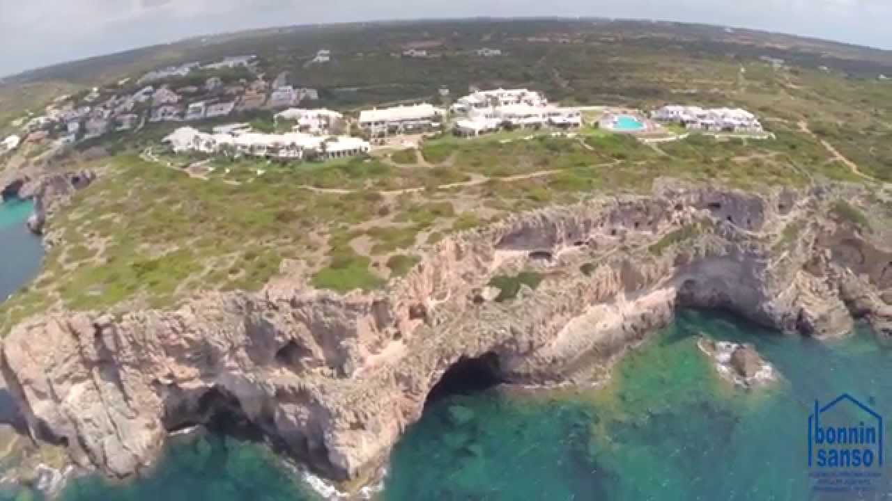 Complejo ses tanques cala canutells menorca youtube - Inmobiliaria bonnin sanso ...