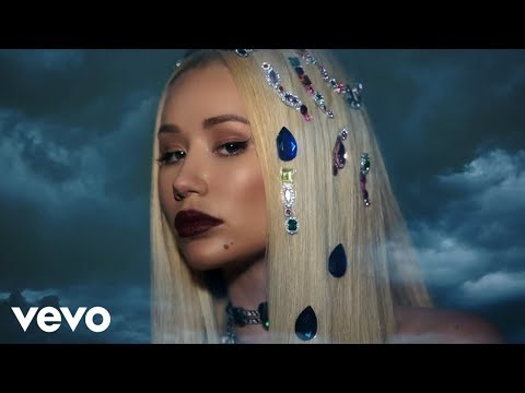 Iggy Azalea - Savior ft. Quavo (Lyric Video)