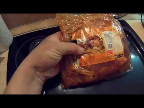 Свиная лопатка запеченная в рукаве