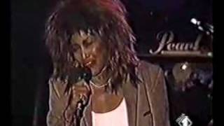 Tina Turner - Nutbush city limits + Paradise is here (Verona; 1987)
