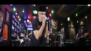 Distorsi - Ahmad Band (YANG MUDA MABOK YANG TUA KORUP)