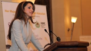 Queen Rania at the launch of Education for Employment (E4E) Initiative Report