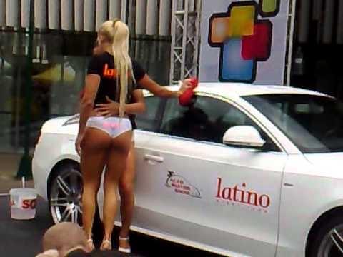 Avto Motor Show Slovenia 2010 - Car Wash Part 1