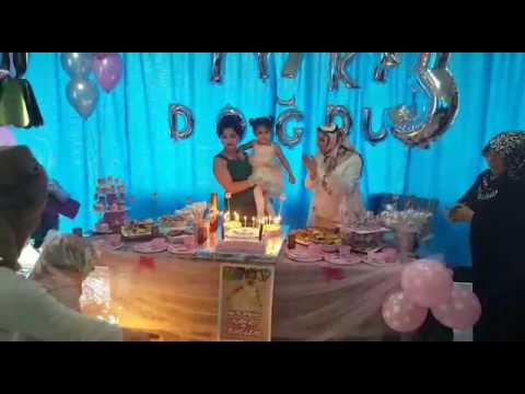 Hayat Buğlem 3 yaş doğum günü partisi