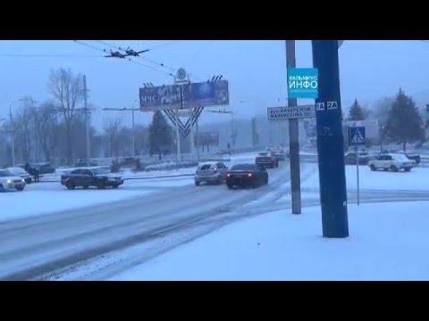 Донецк сегодня! Город живет! Предновогодний снег в городе Донецк!