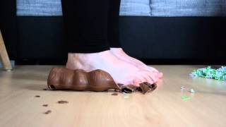 Lini Crush Chocolate Easter Bunny Barefoot