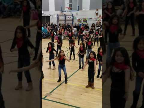 ??Viviana Solano school dance Jorge Prieto??