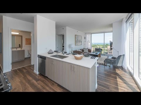 A southeast corner 2-bedroom, 2-bath at the South Loop's new Eleven40