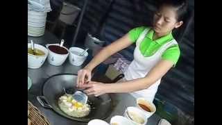 Thai Street Food - Pad Thai Goong