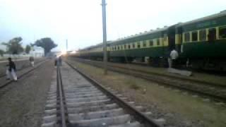Pakistan Bussiness Train Cross At Changa Manga Station [ 11 Feb 2012 ].3gp