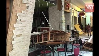 Video Eight injured in Mid Valley Megamall restaurant explosion download MP3, 3GP, MP4, WEBM, AVI, FLV September 2018