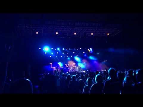 LIVE, Lightning Crashes at Musikfest