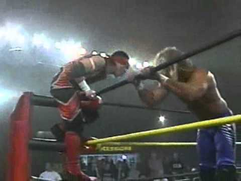 Jerry Lynn Scary Cradle Piledriver on Amazing Red