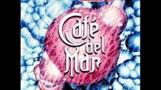 Скачать Cafe Del Mar Volumen 2 Silent Poets Moment Scale