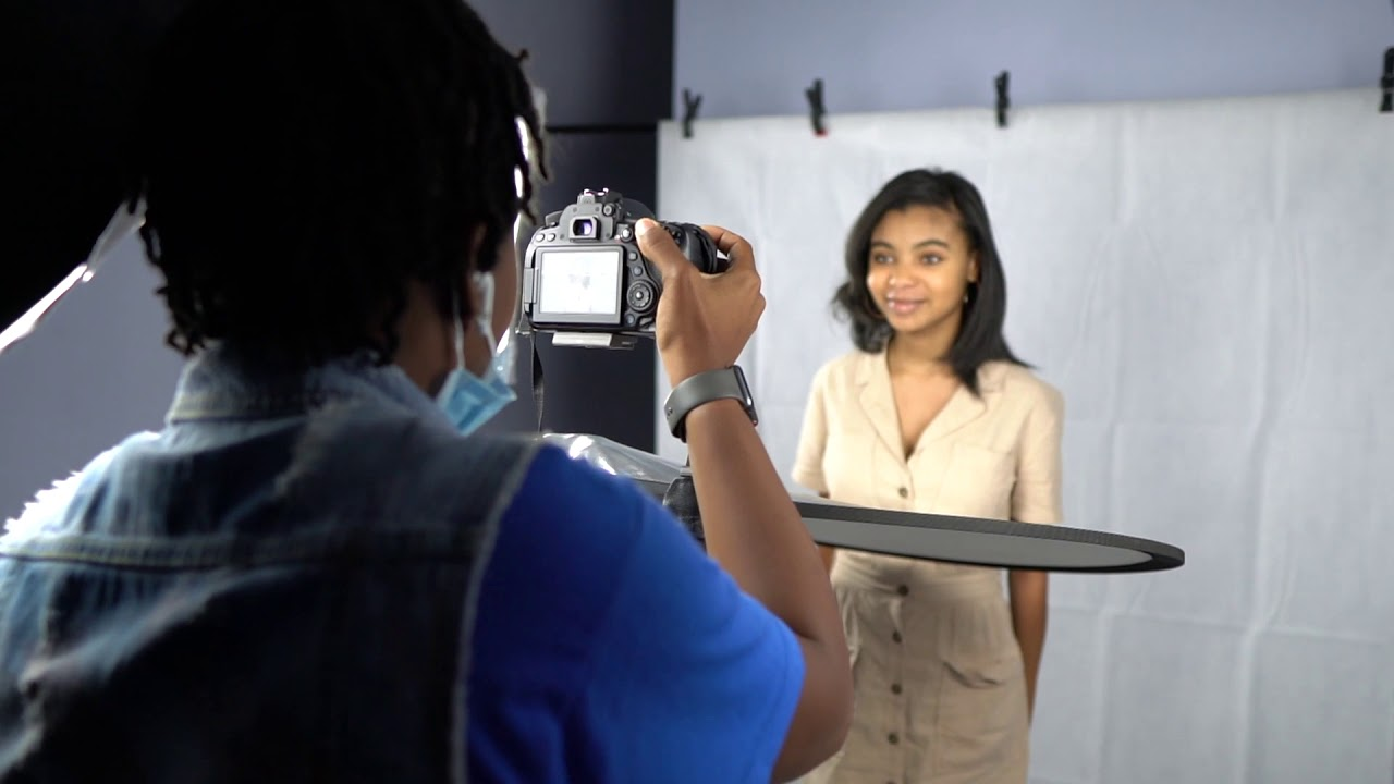Saniya Symone Official Photoshoot asHost of the Teen Nation Talk Show
