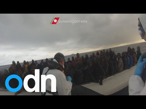 More migrants rescued by Italian coast guard arrive in Sicily