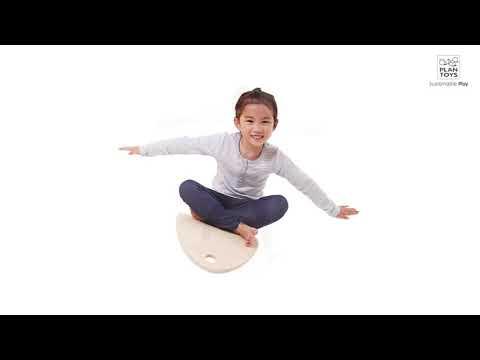 Обзор Plan Toys Balance Board Балансирующая доска для занятий физкультурой (5198)й