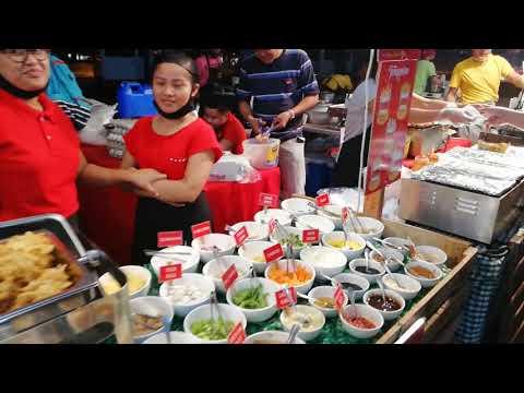 Mercato market in Manila BGC